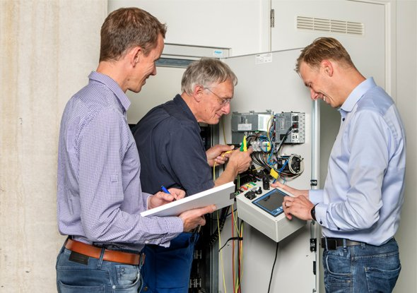 Samenwerking Van den Bor Elektrotechniek en fortop